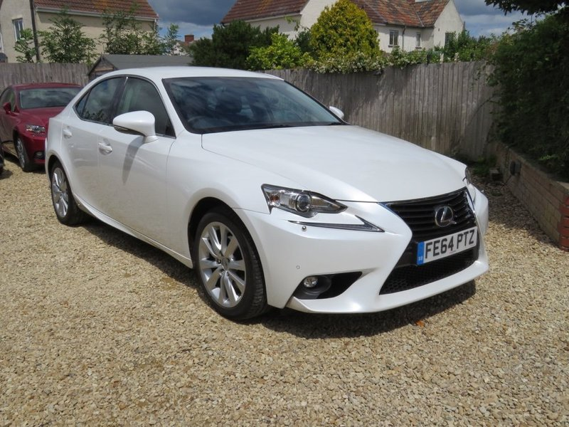 LEXUS IS 300h Dual VVT- i E-CVT Auto Executive Edition Pearlescent  White